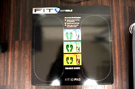 FIT ID PAD 約15秒間で体温を感知して足型を記録