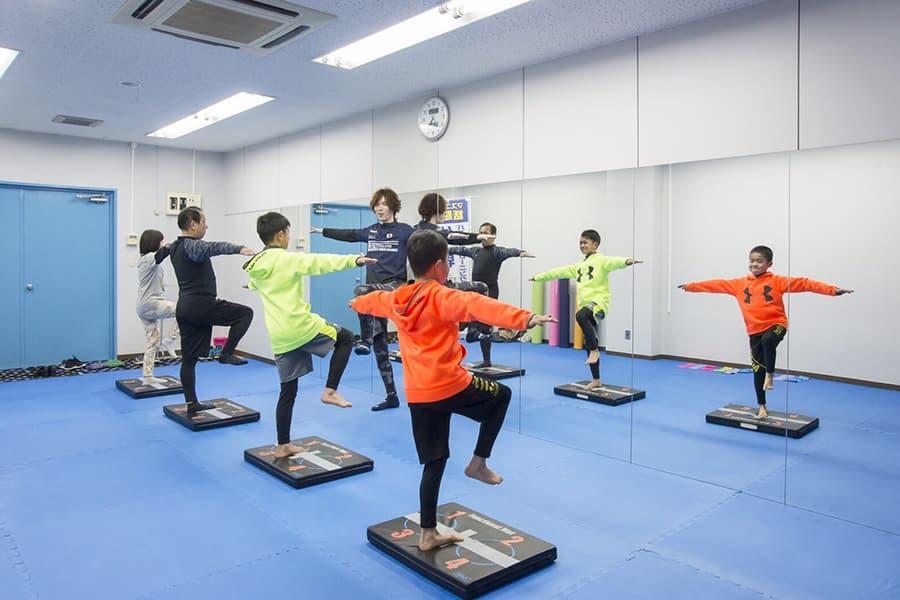KOBA式体幹バランストレーニング|レッスン中の風景(1)