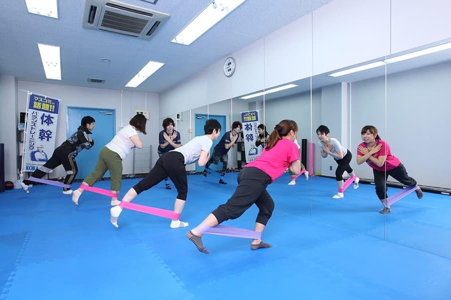 KOBA式体幹バランストレーニング|レッスン中の風景(2)